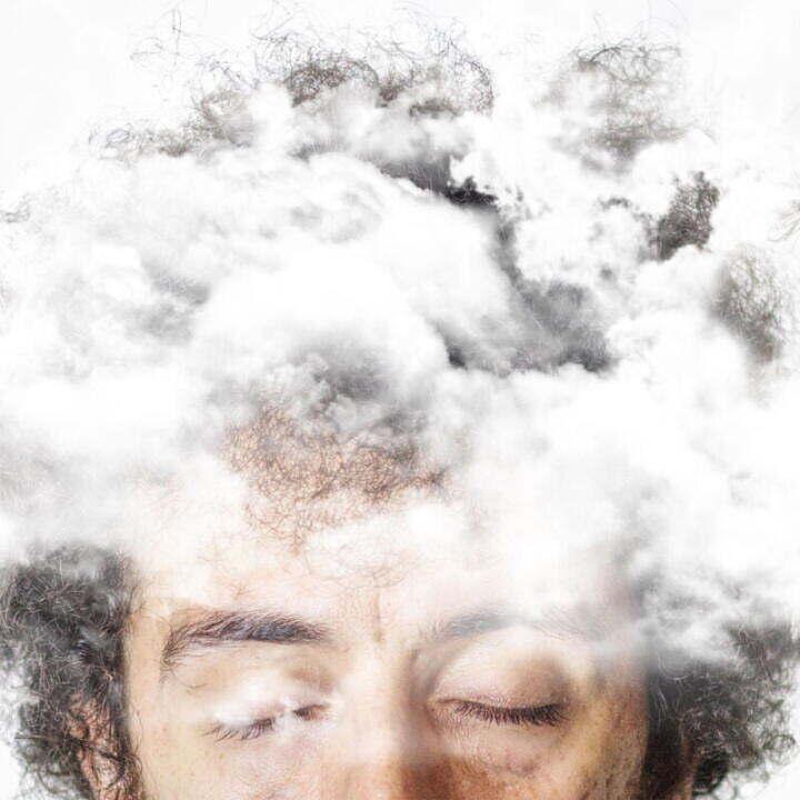 Il nuovo singolo di Christopher con la testa tra le nuvole